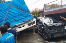 Kecelakaan Maut di Simalungun, Truk Fuso Hantam 11 Kendaraan, 5 Orang Tewas - JPNN.com