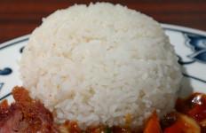 3 Mitos Nasi Putih yang Seharusnya Tidak Anda Percaya - JPNN.com