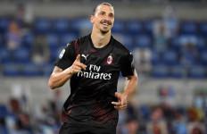 Ibrahimovic Lagi Baik Hati, Bagikan PS5 kepada Rekan Setimnya di AC Milan - JPNN.com