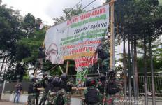 Wagub DKI Tegaskan Penertiban Baliho dan Spanduk Kewajiban Satpol PP - JPNN.com