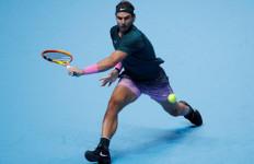 Kalahkan Juara Bertahan, Rafael Nadal Tembus Semifinal ATF Finals 2020 - JPNN.com