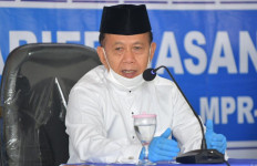 Syarief Hasan: Santri Jangan Minder, jadi Presiden pun Bisa - JPNN.com