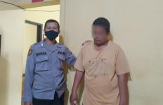 Warung Kopi Pangku Geger, Seorang PSK Menderita 11 Luka, 3 Jarinya Patah - JPNN.com