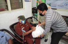 YIIM Kembali Salurkan Bantuan ke Masyarakat Terdampak Covid-19 - JPNN.com
