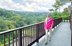 Cerita Bintang Saras 008 Mambangun Bisnis Kecantikan - JPNN.com