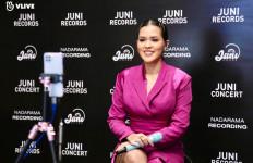 Sepanggung dengan Bintang K-Pop, Raisa Disaksikan 1,3 Juta Penonton - JPNN.com