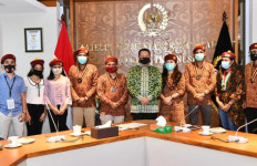 Rakornas PMKRI, Bamsoet Ajak Generasi Muda Bangun Benteng Ideologi Bangsa - JPNN.com