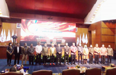 Inilah Daftar Nama 19 Tokoh Penerima Aspataki Award Termasuk Menteri Ida dan Kapoltabes Barelang - JPNN.com