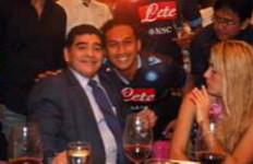 Maradona dalam Kenangan Anak-Anak Surabaya - JPNN.com