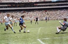 "Kontroversi ""Tangan Tuhan"" Maradona, Dibicarakan Sepanjang Masa - JPNN.com"