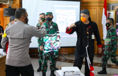 Pak Ganjar Rapatkan Barisan, Ajak TNI-Polri dan BIN - JPNN.com