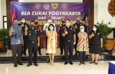 Bea Cukai dan Garuda Indonesia Sepakat Dukung Ekspor IKM Yogyakarta - JPNN.com