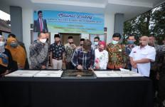 Resmikan Guest House Desa Wisata Pujon Kidul, Gus Menteri: Ini Luar Biasa - JPNN.com