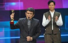 Rhoma Irama dan Mendiang Didi Kempot Raih Penghargaan Khusus AMI Awards 2020 - JPNN.com