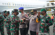 Azis: Kehadiran Panglima TNI ke Papua Memberi Arti Mendalam - JPNN.com