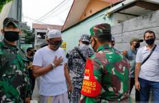 Massa FPI Berpakaian Loreng Mencoba Menghalangi, Kolonel Luqman Arief Tegas - JPNN.com