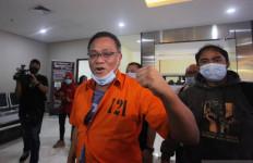 Dakwaan Jaksa untuk Jumhur Hidayat: 2 Twit Hoaks Omnibus Law Pemicu Demo Rusuh - JPNN.com