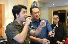 Ketua MPR dan Cakra Khan Undi Give Away Bamsoet Channel Putaran Ketujuh - JPNN.com