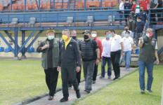 Implementasi Instruksi Presiden, Menpora Amali Tinjau Stadion Si Jalak Harupat - JPNN.com