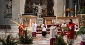Paus Fransiskus Lantik Rohaniwan Meksiko Terkenal Pembela Hak Adat Jadi Kardinal