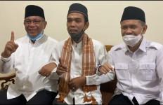 Ustaz Abdul Somad Dukung Cawalkot Medan Rival Menantu Jokowi! - JPNN.com