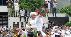 Viral Foto Hasil Tes PCR Habib Rizieq Positif Covid-19, Munarman: Itu Palsu
