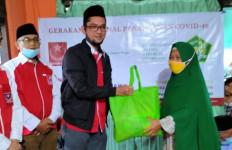Pemuda Muslim Bagikan Ratusan Paket Sembako dan Santuni Anak Yatim - JPNN.com