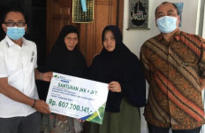 BPJamsostek Jakarta Slipi Serahkan Santunan Rp 607 Juta kepada Ahli Waris Pekerja Best Agro Group - JPNN.com