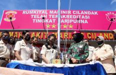 Korpri TNI Donasikan Masker dan Sembako ke Rumah Sakit TNI AL Marinir - JPNN.com