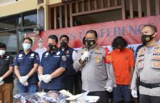 Berawal Saling Ejek di Medsos, 2 Geng Tawuran Pakai Celurit dan Air Keras - JPNN.com