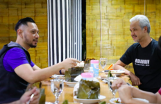 Pak Ganjar dan Mas AHY Akrab Banget, Sempat Bahas soal SBY - JPNN.com