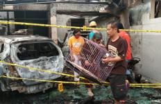 Pejabat Pemkab Tulungagung Diteror, Terdengar Ledakan, Seketika Rumah Terbakar - JPNN.com