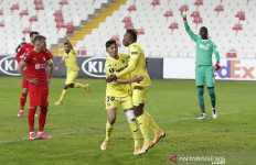 Liga Europa: Villarreal Lolos Berkat Gol Satu-satunya Pemain Ini - JPNN.com