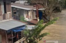 Sungai Deli Kembali Meluap, Ratusan Rumah di Medan Terendam Banjir - JPNN.com