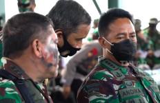 Jenderal Andika Turun Langsung Pantau Latihan Tempur Prajurit - JPNN.com