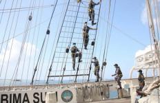 KRI Bima Suci Lanjutkan Pelayaran Etape Ke-9 Dari Sorong Menuju Tual - JPNN.com