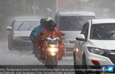 Lakukan 3 Hal Ini Agar Bodi Mobil Tidak Kusam Saat Musim Hujan - JPNN.com