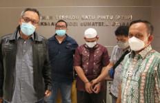 AS Tak Berkutik Saat Didatangi Tim Intelijen Kejati Sumut, Nih Penampakannya - JPNN.com