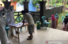 Lihat Nih, Pasien COVID-19 Salurkan Hak Suara di Pilkada Kukar - JPNN.com