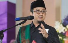 Yusuf Mansur Yakin Jokowi Bakal Cabut Perpres Investasi Miras - JPNN.com