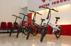 Viar Rilis Sepeda Lipat Listrik, Intip Harganya di Sini - JPNN.com