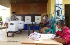 Unggul Telak di Pilkada Batam, Paslon Rudi-Amsakar Beri Reaksi Begini - JPNN.com