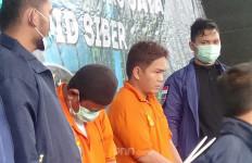 Lihat, Ekspresi Muhammad Umar yang Ancam Penggal Kepala Polisi Penangkap Rizieq Shihab - JPNN.com