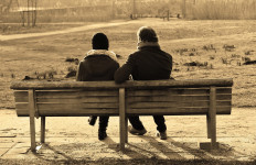 5 Tips Memperbaiki Hubungan Setelah Diselingkuhi Pasangan - JPNN.com