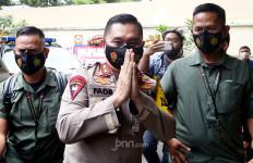 Irjen Fadil Imran Muncul di Komnas HAM, Lihat Gayanya - JPNN.com