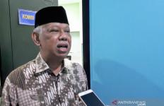 Prof Azyumardi Azra: Rektor Disuruh Kurangi UKT, Apa Kontribusi Mendikbud? - JPNN.com