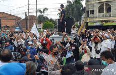 Unjuk Rasa Aliansi Umat Islam Dibubarkan Irjen Albertus Rachmad - JPNN.com