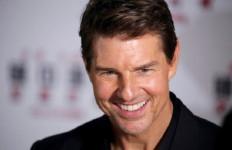Tom Cruise Emosi Lihat Kru Film Mission: Impossible 7 Melanggar Prokes - JPNN.com