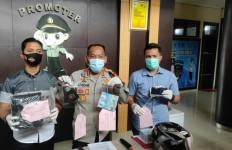 Peras Warga Belasan Kali, Polisi Gadungan Ini Akhirnya Ditangkap - JPNN.com