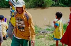 Heboh Buaya Besar Nongol di Pinggiran Sungai, Warga Resah Minta Pemerintah Turun Tangan - JPNN.com